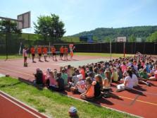 Hudeček, Široký a Kriško bavili děti na ZŠ a ZUŠ Karlovy Vary - Šmeralova