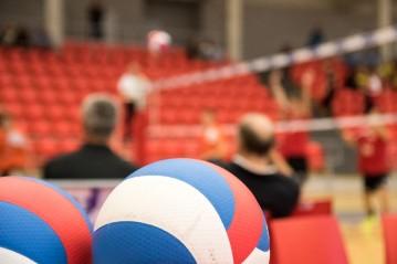 Volejbalové mládí vpřed! Karlovarsko hostilo soutěže kadetů a minivolejbalu