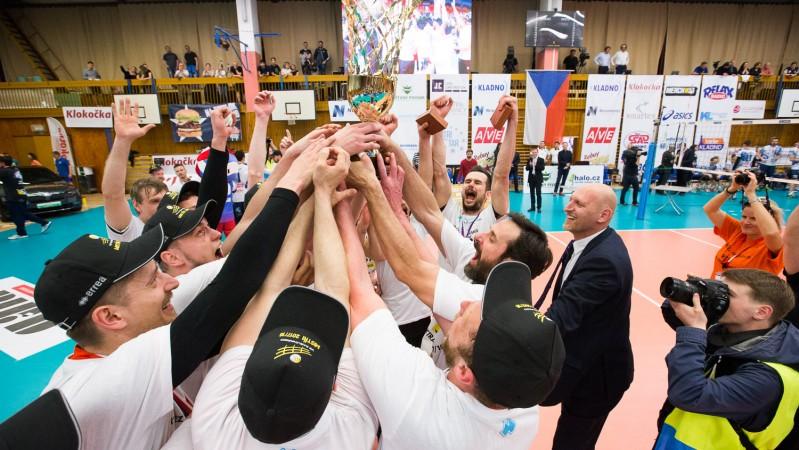 Třetí vítězný tie break a volejbalisté Karlovarska vládnou extralize