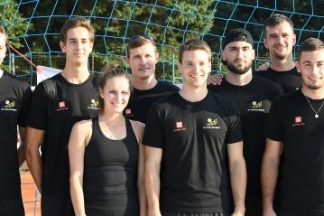 Volejbalisté Karlovarska bavili diváky na písku a poktali se s tenisovou hvězdou [FOTO]